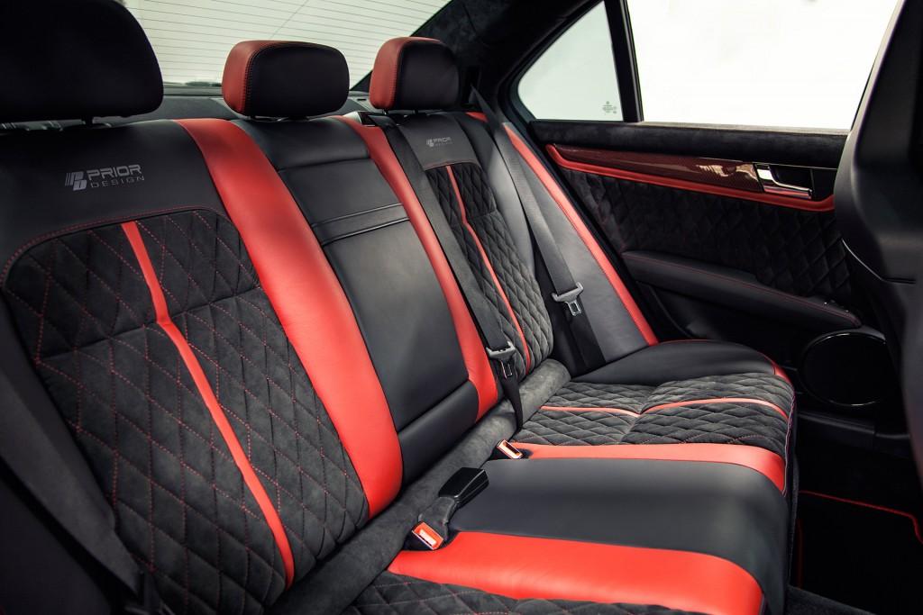 Exklusives Interieur für Mercedes C-Klasse W204 in Leather & Alcantara
