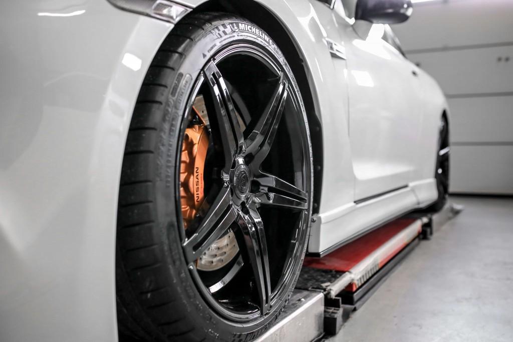 Nissan GT-R R35 Felgen - artForm AF-301 Black Painted