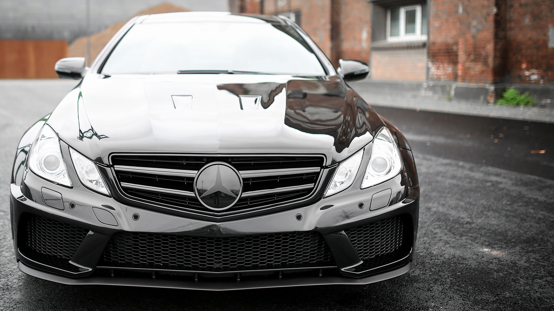 Mercedes E 500 V8 Coupe C207 Tuning Pd850 Black Edition Widebody