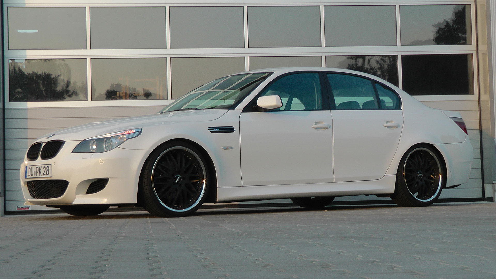 Bmw 5 Er E60 M5 Limousine Tuning Pd M5 Style Aerodynamik Kit Royal Wheels Gt Black In 8 5x20 10x20 M D Exclusive Cardesign