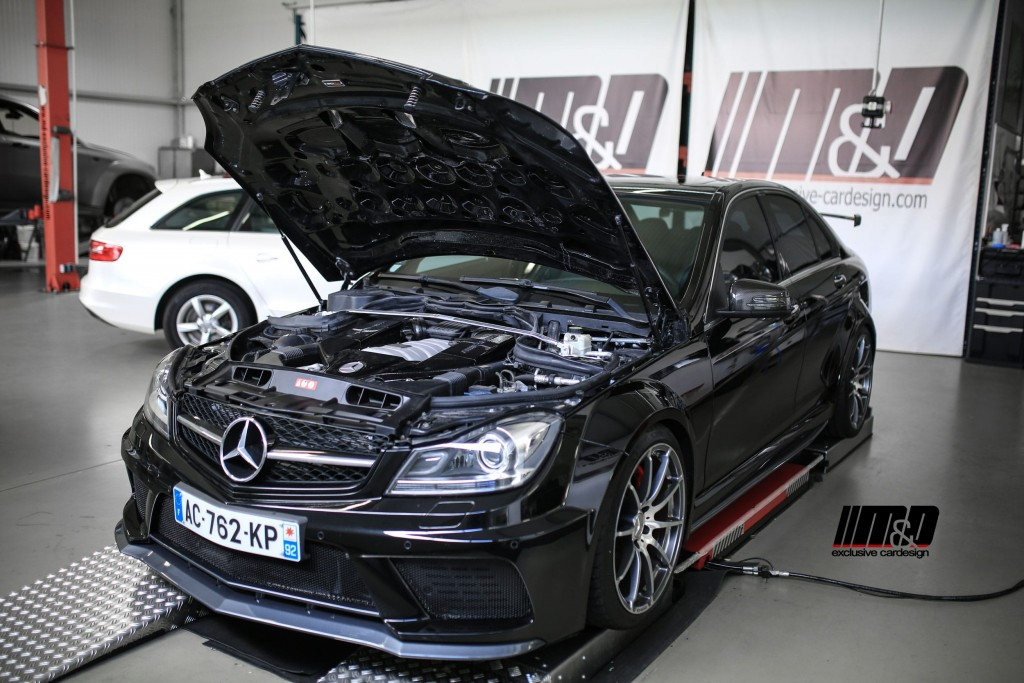 mercedes c klasse c63 amg w204 breitbau tuning black. Black Bedroom Furniture Sets. Home Design Ideas