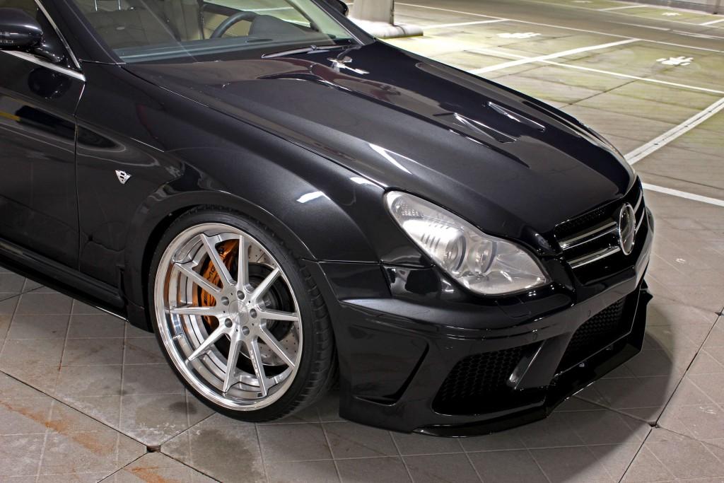 Black Edition Widebody Motorhaubenaufsatz für Mercedes CLS W219
