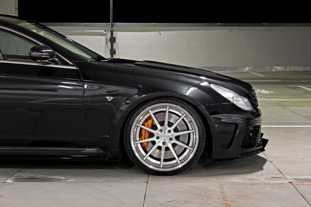 Black Edition WB Frontkotflügel für Mercedes CLS W219