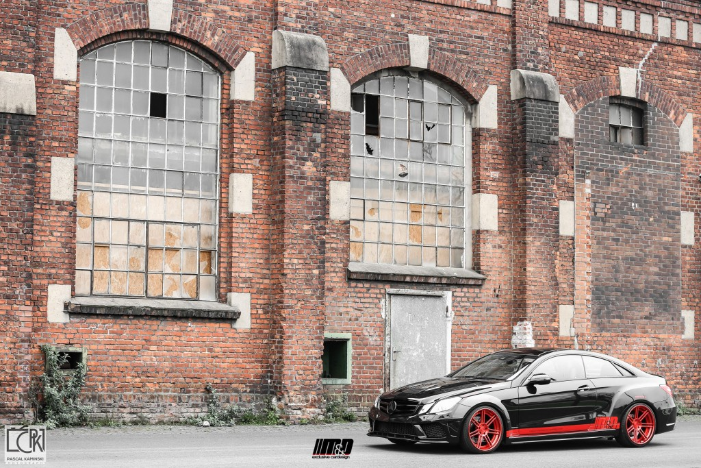 Mercedes E500 Coupe Tuning - PD850 Black Edition Widebody Aerodynamik-Kit