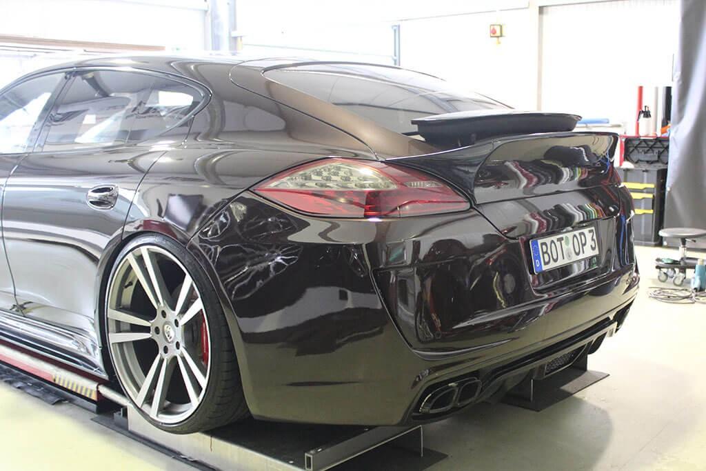 P600 Heckklappenspoiler in Vollcarbon für Porsche Panamera 970