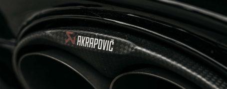 Akrapovic Evolution Titan Abgasanlage mit Carbon Endrohren für Audi RS7 C7